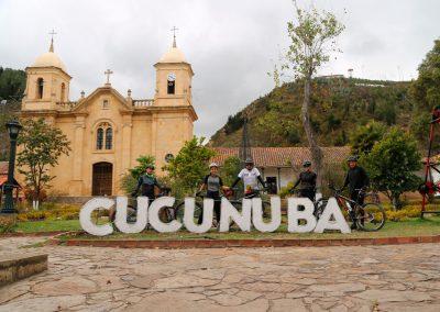 Plaza principal del municipio de Cucunubá