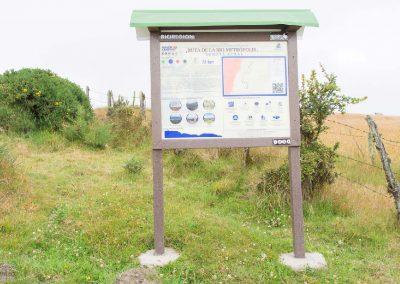 En el kilómetro cero de la ruta se encuentra la baliza informativa del trazado.